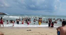 Karaburun'da denize giren bir kız çocuğu boğuldu