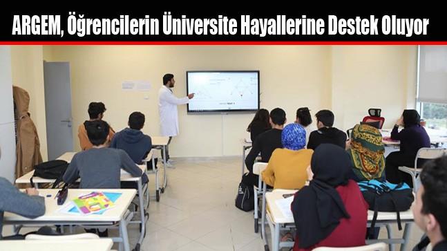 ARGEM, Öğrencilerin Üniversite Hayallerine Destek Oluyor