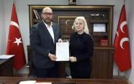 Ak Parti'den İstifa Eden Fatoş Deniz MHP'den Belediye Başkan Aday Adayı Oldu